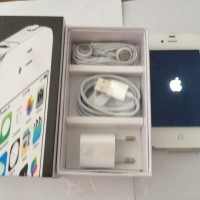 apple iphone 4 gsm 8gb fullset