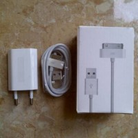 charger original iphone 4 / 4S / 4G