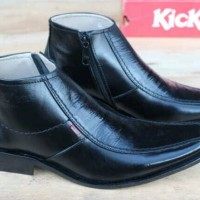 harga Sepatu Formal Kickers Pantofel Pria Tokopedia.com