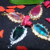 kalung liontin xuping dengan batu permata design elegant