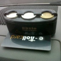 Tempat Uang Koin / Coin & Toll Card Holder Di Mobil