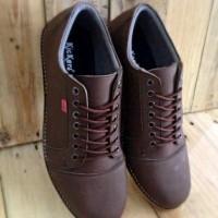 sepatu casual pria kickers shaka brown / coklat