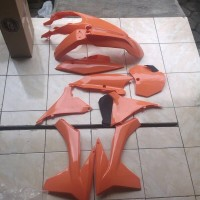 harga Body Set Ktm Sixdays 250cc Pnp Klx Dtracker Tokopedia.com