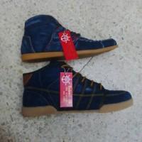 sandal sepatu boots pria denim levis murah bhestcollection