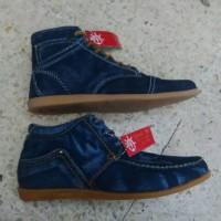 sandal sepatu boots pria denim levis murah