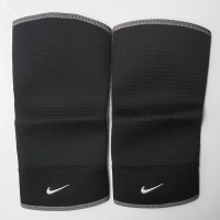 Nike Closed-Patella Knee Sleeve Support ( Pelindung Lutut )