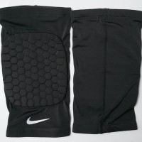 Pelindung Lutut / Leg Sleeve Nike with Pad (Short) / Knee Pad