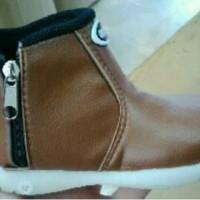 harga sepatu boot bayi kecil Tokopedia.com