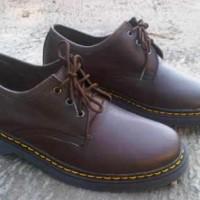 Sepatu Low Boot Pria Docmart 04