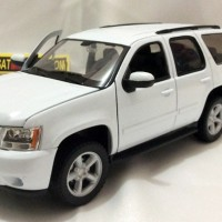 2008 CHEVROLET TAHOE, SKALA 1:24 - WELLY