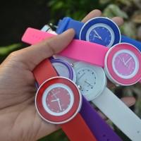 Jam Tangan Swatch Karet