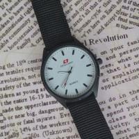 Jam Tangan Swiss Army Kanvas Putih