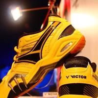 Sepatu Bulutangkis/Badminton Victor SH8500 E (Yellow)