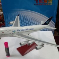 harga Diecast Miniatur Pesawat Garuda Indonesia B747-400 Besar Tokopedia.com
