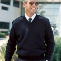 Sweater Pilot Rajut