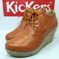 Sepatu Wedges Kickers santai women wanita