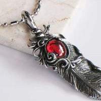 harga Luxuriouz Titanium Ruby Vintage Feather Necklace / Kalung Titanium Tokopedia.com