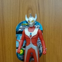 Bandai Spark Dolls Ultra Hero Ultraman TARO