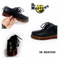 Sepatu Dr Martens Dokmar Kulit Women Wanita