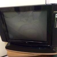 TV tabung flat screen LG 29 inch bekas TELEVISI
