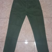 Celana Panjang Chino LEVI'S Original size 34 warna Vineyard Green