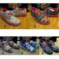Sepatu Dr Martens Dokmar Wanita