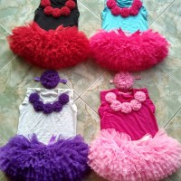 SET TUTU GOTIK PLUS BANDANA