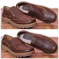 Sepatu Kickers Casual Coklat