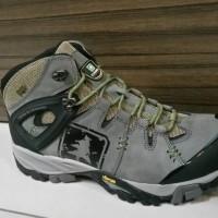 harga Sepatu Gunung Consina Futura Tokopedia.com