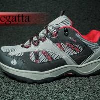 harga Sepatu Hiking Cewe Regatta Isotex Original Tokopedia.com