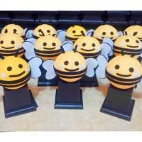 harga Piala Boneka Bee Lebah / Trophy Boneka Karakter Murah / Piala Tk & Sd Tokopedia.com