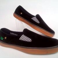 harga Sepatu Casual Slop Slip On Hitam Kickers Santai Tokopedia.com