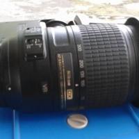 NIKON AF-S DX 55-300mm f/4.5-5.6G VR