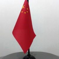 BENDERA NEGARA RRC / CHINA DENGAN TIANG KAYU UNTUK DI MEJA (TSD )