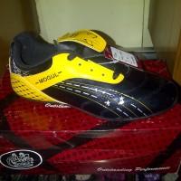 Sepatu Futsal, Mogul FS 505 Black Yellow