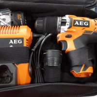 harga Mesin Bor Baterai 10mm Aeg Bsb12c2li (2 Baterai) Tokopedia.com