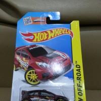 DieCast Hot Wheels Ford fiesta warna merah