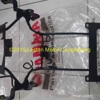 Breket Lampu Depan Vixion 2010-2012 YGP Facelift