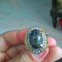 Batu Cincin Blue Opal Mizone Serat Emas Natural