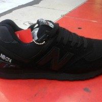 paling murah sepatu new balance 574 full black + box