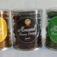 Almond Cheese Crispy