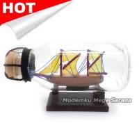 Miniatur Kapal Pinisi Dewaruci dalam Botol 11x6x5 cm