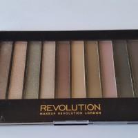 "Makeup Revolution ""Romantic Smoked"" Eyeshadow palette"