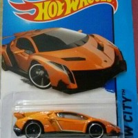 Hotwheels Lamborghini Veneno Orange