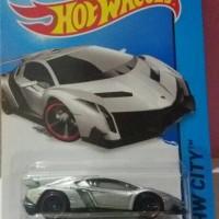 Hotwheels Lamborghini Veneno Silver
