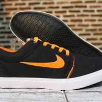 (sepatu casual,sekolah,main) Sepatu Nike Roshe One Hitam Strip Orange