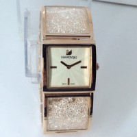 jam tangan cewek swarovski ( gucci alba guess ac bonia casio nautica )