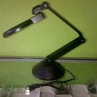 Lampu plus kaca pembesar- Zoom Lamp type Robotics