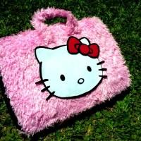 "Hello Kitty Pink Lebat 11""-12inch softcase/tas laptop netbook,notebook"