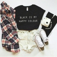 Tumblr Tee / T-Shirt / Kaos Black is My Happy Colour